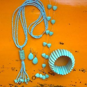 Jewelry - Assorted Turquoise coloured jewelry grab bag